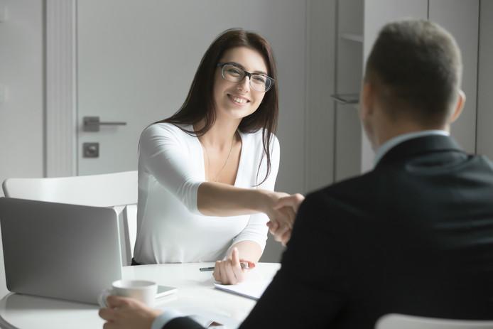 Wie tussen 6.00 en 10.00 uur zijn sollicitatie verzendt, heeft vijf keer meer kans om uitgenodigd te worden voor een gesprek.