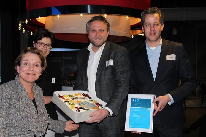 Overhandiging van het PSO certificaat door Commissaris van de Koning Ank Bijleveld aan Ronald Brookhuis (commercieel directeur Brookhuis) en Hans Landman (operationeel directeur Brookhuis.