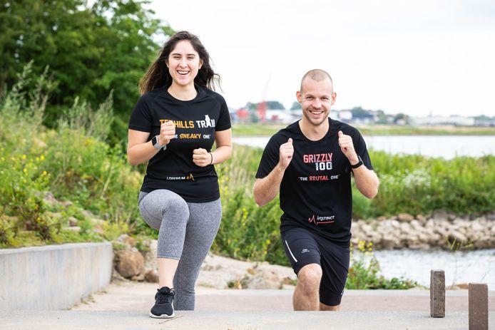 Danny van Haren uit Didam met zijn vriendin voor wie hij 100 kilometer gaat hardlopen.