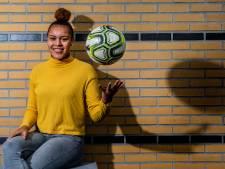 Apeldoornse voetbalster Licia Darnoud hoopt na nog één jaar FC Twente op het buitenland