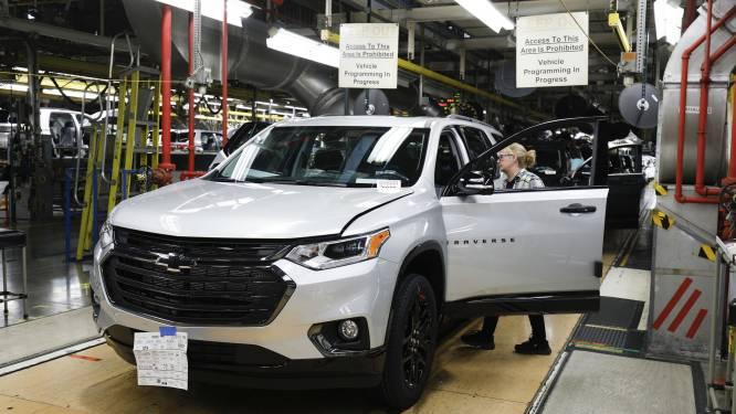 General Motors laat kantoorbedienden inspringen aan de assemblagelijn