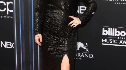 Kelly Clarkson kiest kant van Taylor Swift in Scooter Braun-schandaal