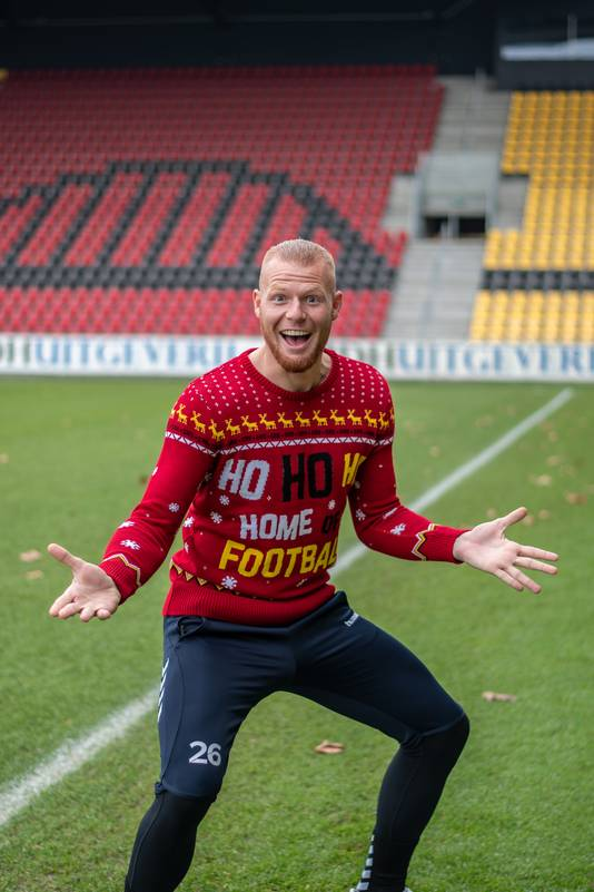 Xxxl Kersttrui.Kersttrui Go Ahead Eagles Valt In De Smaak Bij Supporters Deventer