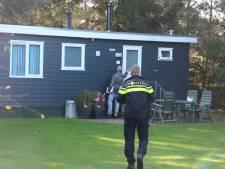 Controle toezichthouders en politie op vakantiepark Noordijkerveld