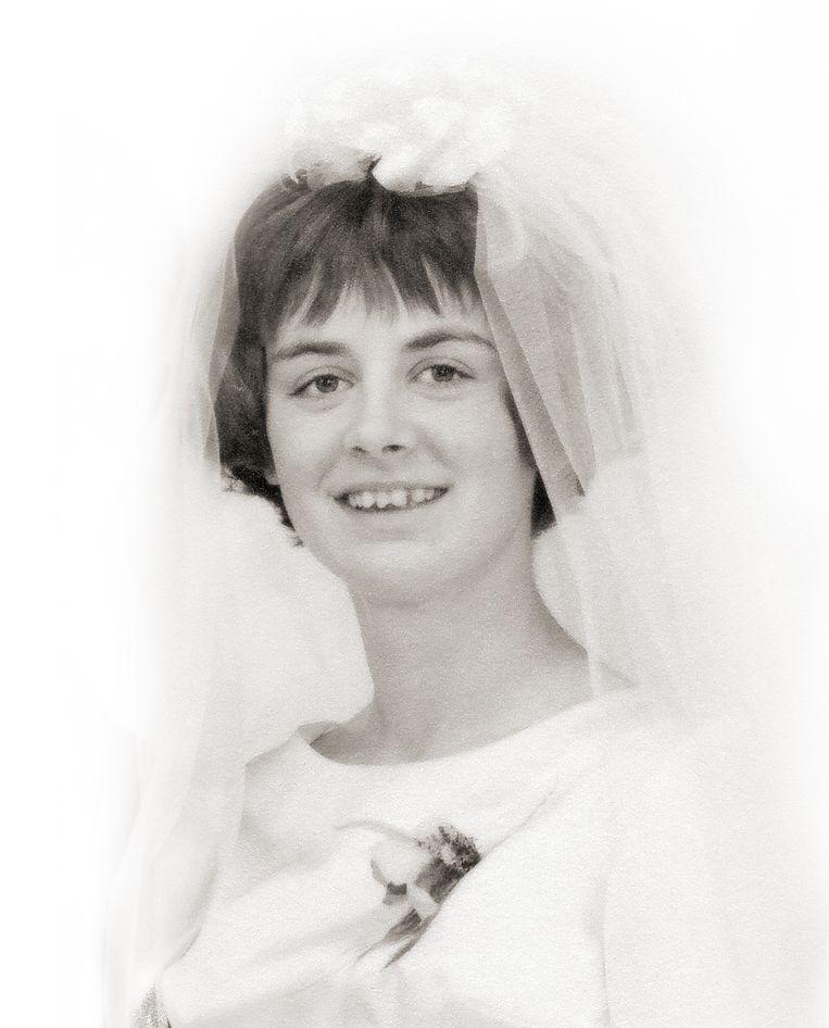 Ria Daanen op haar huwelijksdag, vier jaar voor haar verdwijning.