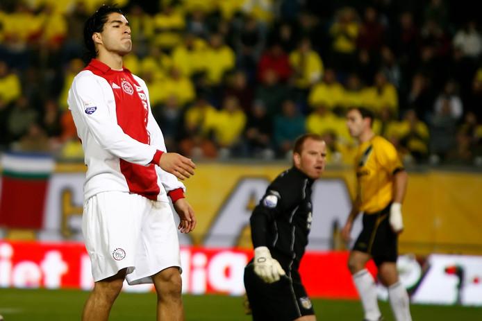 Luis Suarez schoot vaak met scherp tegen NAC.