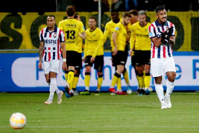 Woede bij Willem II'er Renato Tapia.