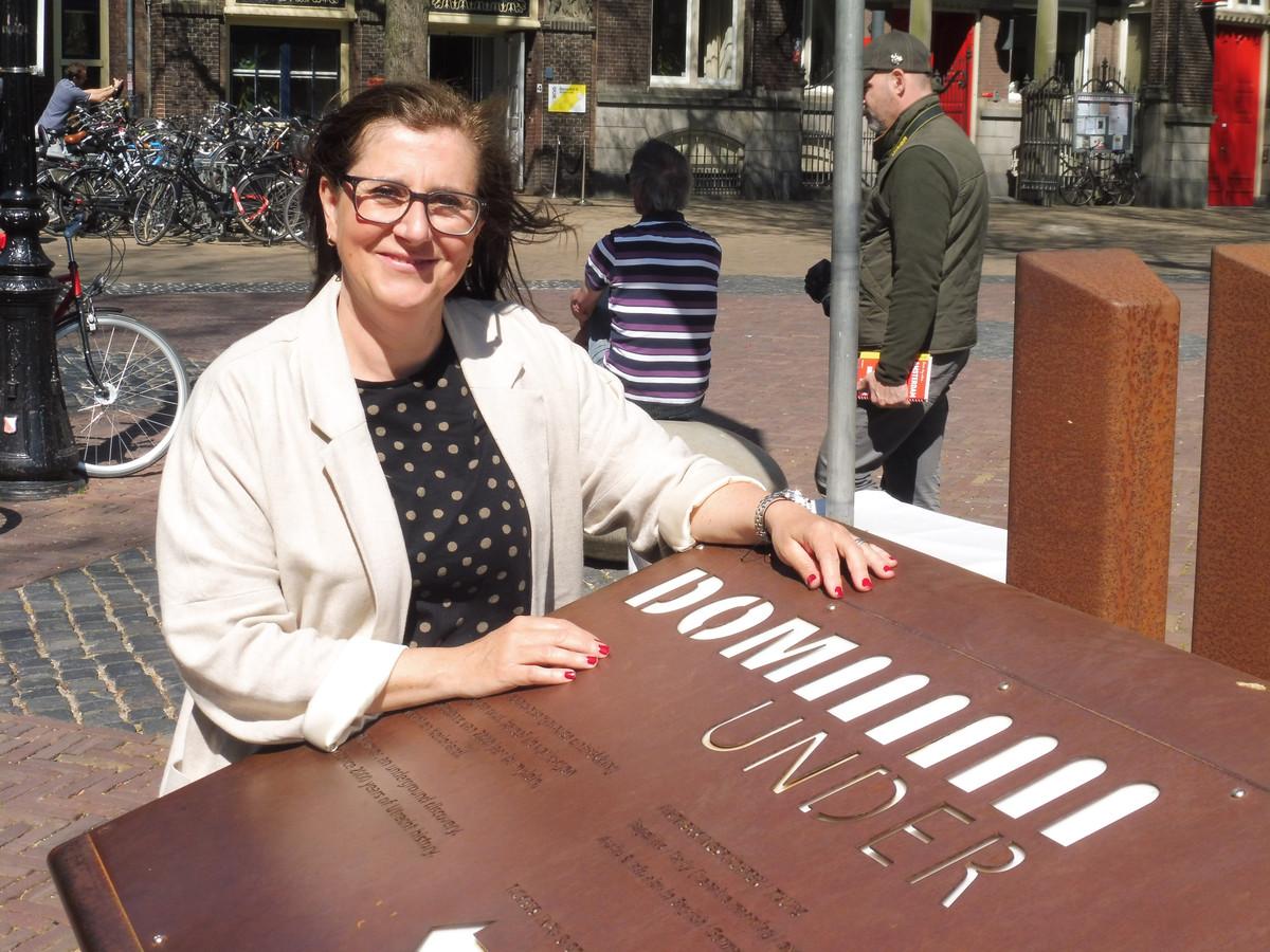 Giovanna Camerani, publieksbegeleider bij ontdekkingstochten van DOMunder.