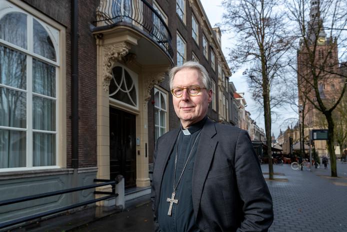 Bisschop de Korte.