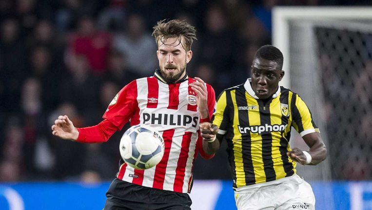 PSV kwam op voorsprong dankzij Davy Pröpper. Beeld anp