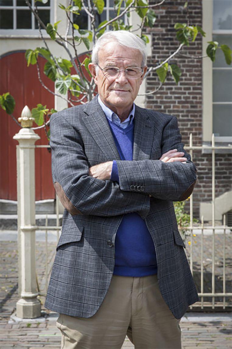 Joop van Riessen. De 77-jarige oud-hoofdcommissaris van de Amsterdamse politie is nu romanschrijver.  Beeld AD/Dingena Mol