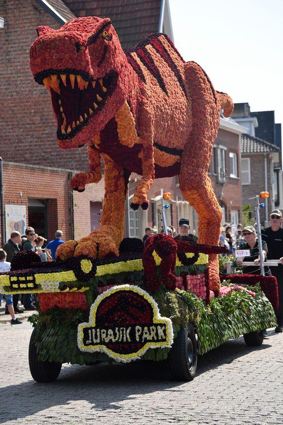 De jeugd van de Boonwijkvrienden laten zich inspireren door Jurassic Park.