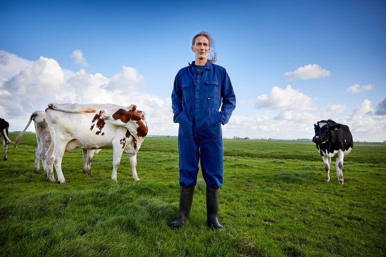 Als supermarkten structureel meer betalen voor de melk, kan de boer meer doen voor zijn              dieren en voor biodiversiteit.  Beeld Phil Nijhuis