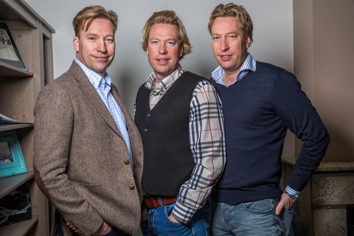 De broers Erik (links), Viktor en Stephen.