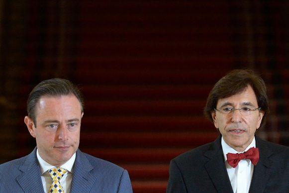 Bart De Wever en Elio Di Rupo, hier samen op de foto in 2014.