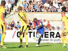 Bosschenaar Van Aanholt laat zich in voorbereiding zien aan manager Hodgson