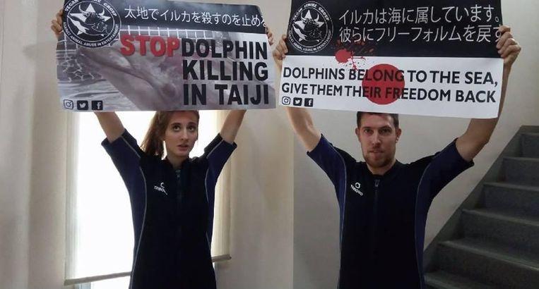 Kirsten De Kimpe en Peter Janssen tijdens een actie in Japan.