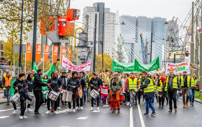 Rotterdamse leraren voerden in oktober actie tegen de hoge werkdruk in het onderwijs en voor een beter salaris.