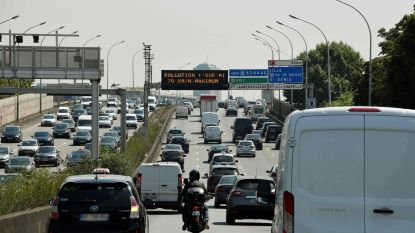 Drie Franse steden bannen vervuilende auto's door hittegolf