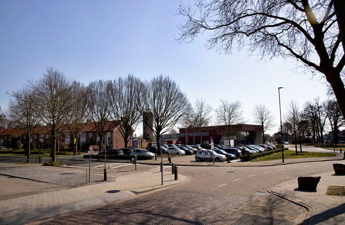 Op de hoek Emmalaan-Maastrichterweg in Valkenswaard komt de nieuwe opbouwlocatie voor corsobuurtschap Reisvenne Oranje.