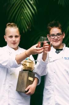 Sterrenkoks (13) uit Lelystad mogen koning Willem-Alexander de hand schudden