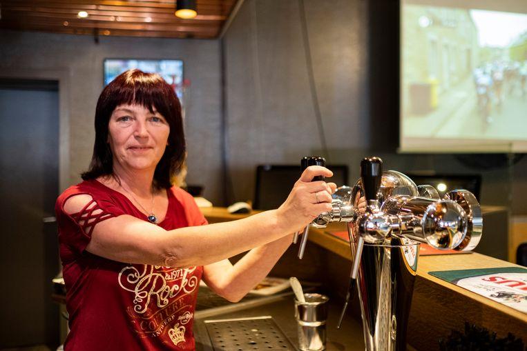 Cafébazin Ria Op 't Eynde mag schitteren als zangeres van 't Oud IJzer.