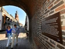 Naambordje geeft Burense monumentale panden een verhaal