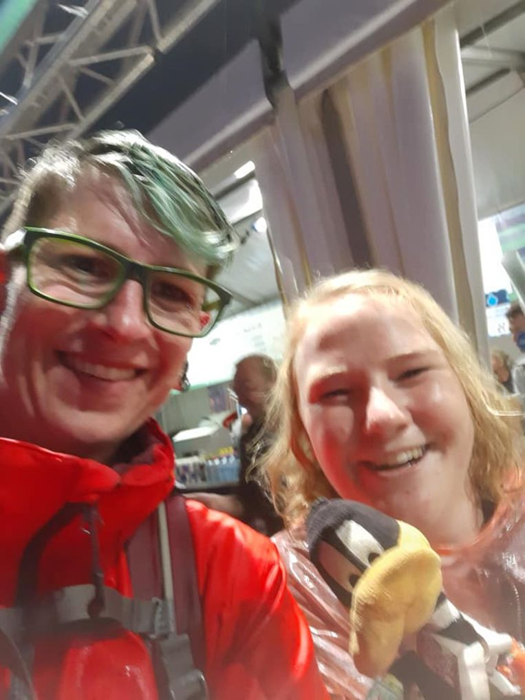 Op de foto met actrice Joke Emmers