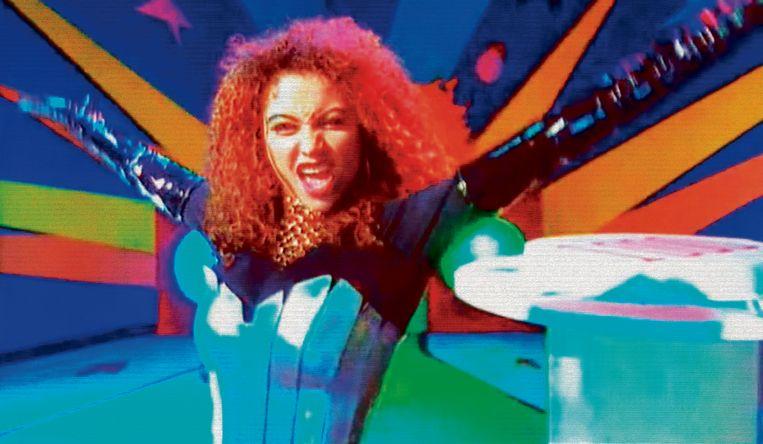 Anita Doth van 2 Unlimited in de videoclip van No Limit (1993). Beeld