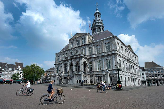 De wethouders geloven dat Meerssen het beste af is met een fusie met Maastricht.