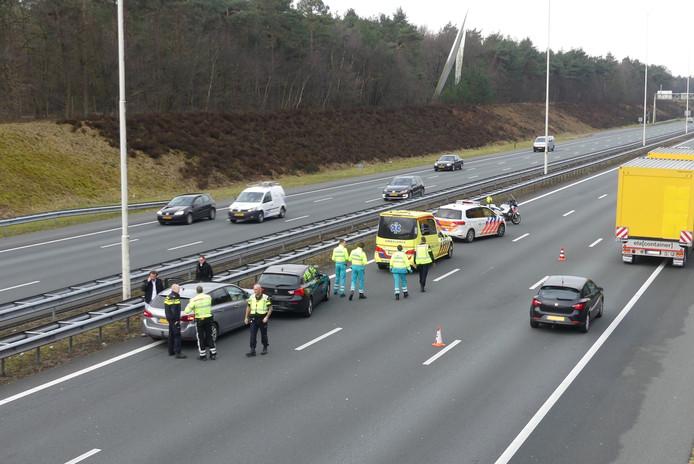 Op de A28 raakten meerdere auto's betrokken bij een ongeval.