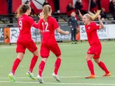 Voetbalsters FC Twente stunten met zege op koploper Ajax