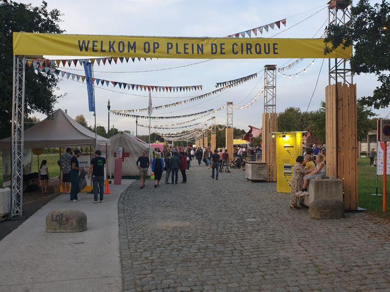 De bezoekers werden verwelkomd op Plein De Cirque.
