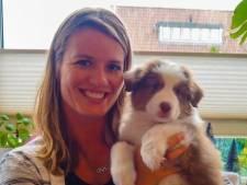 Dafne Schippers verwelkomt puppy Mexx