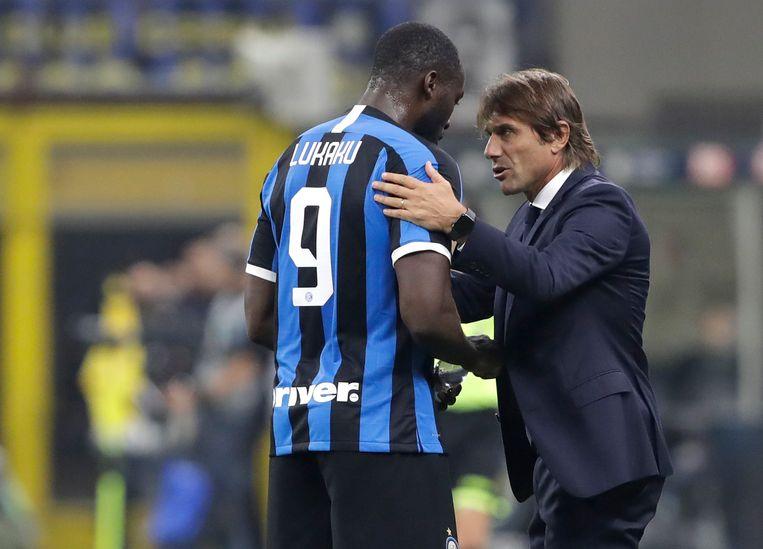 Conte met Lukaku, die gisteren scoorde tegen Parma.