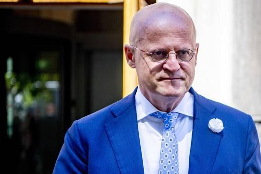 Minister Ferd Grapperhaus van Justitie lijkt een diplomatieke weg te kiezen om Huawei niet betrokken te laten zijn bij de uitrol van 5G in ons land.