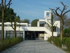Lachgas, lawaai en vechtpartijtjes: buurt klaagt over overlast bij kerk De Open Hof  in Soest