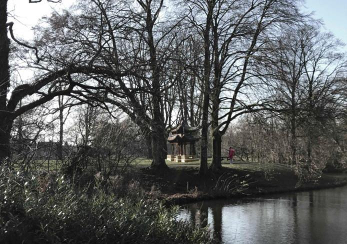 Zo zou het Chinese paviljoen er bij staan, wanneer het in het Wilhelminapark zou worden geplaatst.