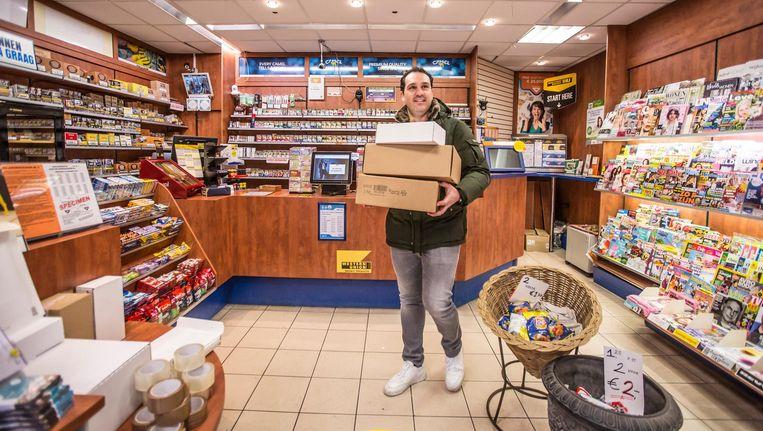 Dennis Voet werd in 22 jaar nog nooit overvallen, toch stopt hij nu met zijn tabakszaak Beeld Eva Plevier