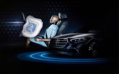 dit-is-de-eerste-auto-ooit-met-een-achterbankairbag