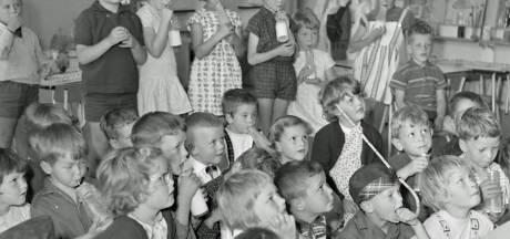 RHC Eindhoven zoekt verhalen achter de foto's: De Dominee Bakkerschool in Nuenen?