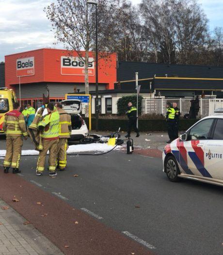 Motorrijder zwaargewond bij aanrijding met auto in Winterswijk