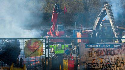 Stakers steken meerdere bedrijfsvoertuigen in brand bij staalbedrijf in Clabecq