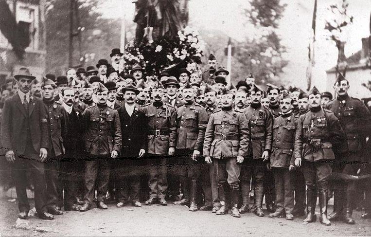 In 1919 wordt in Beesel een monument ingehuldigd waarbij ook de oud-strijders aanwezig zijn.