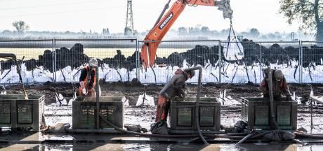 Nieuwe vertraging dreigt voor doortrekken A15: aanleg bruggen en tunnels ligt stil