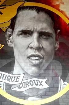 NAC eert in '98 overleden Diroux met graffitiportret in stadion
