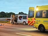 Gewonde bij ongeval met bestelbus op A16 bij Breda