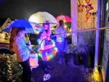 Coronaproof Halloween in Druten: snoep aan een stok, papiertje eromheen