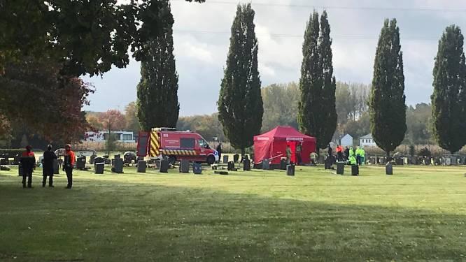 Familiedrama op kerkhof in Aalst: koppel dood aangetroffen aan graf kind