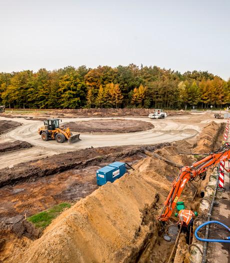 Na viaduct nu een nieuwe rotonde bij Deurningen